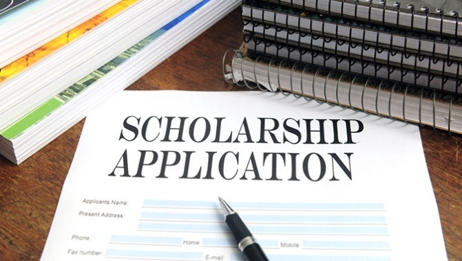 April 14: Deadline to apply for Foundation scholarships